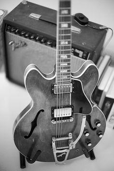 Gibson ES-335 w/ Fender amp #gibson #guitar #fender #amp