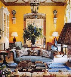 Large Flower Arrangements, Large Flowers, Home Interior Design, Interior Decorating, Aleta, Blue Color Schemes, Living Room Designs, Living Rooms, Cheap Home Decor