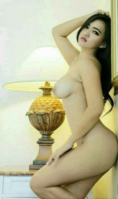 Asian pregnant nude woman