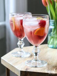The perfect Rosé Sangria cocktail recipe for summer entertaining! #rosé #sangria #cocktail #wine #summer Sangria Vodka Recipe, Sangria Recipe For A Crowd, Sangria Recipes, Drinks Alcohol Recipes, Punch Recipes, Beach Drink Recipes, Summer Recipes, Easter Recipes, Fun Cocktails