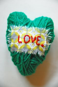 Puffed Yarn Hearts | Family Chic by Camilla Fabbri ©2009-2012. All rights reserved. The blog