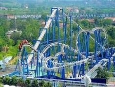 Gardaland Amusement Park in Bardolino, Italy Water Park Rides, Water Parks, Amusement Park Rides, Park Resorts, Verona Italy, Italy Holidays, Beautiful Park, Beautiful Places, Online Travel
