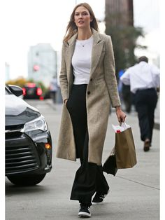 カーリー・クロス(Karlie Kloss)の私服