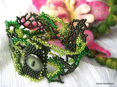 Green freeform peyote cuff bracelet seed beads