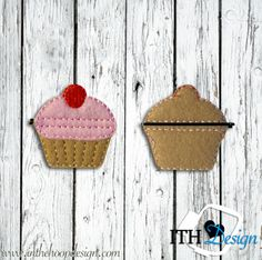 Free cupcake bobby pin cover embroidery design