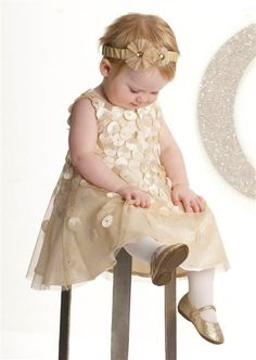 Biscotti Clothing specializes in creating comfortable and unique toddler and tween dresses and outerwear that combine modern fabrics and designs with classy flair.