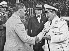 """""""Between Oetker and the Nazi regime fit not a sheet of paper"""", historian Andreas Wirsching. Hermann Goering in 1937 personally presented Richard Kaselowsky (1888-1944) the famous """"Goldene Peitsche"""" (Golden Whip) - the trophy of horse racing event in the racecourse Galopprennbahn Hoppegarten, Berlin."""