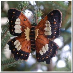 Felt Butterfly.  The Paper Butterfly :: Ramblings and Photography: Handmade Christmas Ornaments