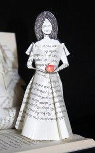 Snow White... Blancanieves... Blanche Neige