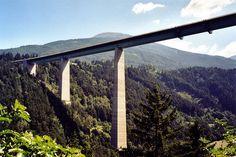 Europabrücke (2) , Höhe 190 Meter