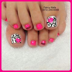 I like the design on the big toe! Maybe for a ring finger design with the pink on the others...