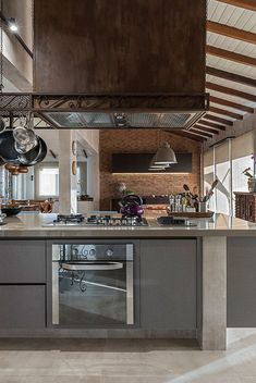Sala Grande, Industrial Loft, Kitchen Design, Sweet Home, Architecture, Luz Natural, Table, Furniture, Home Decor