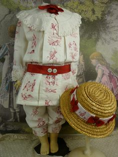 Very rare French white linen boys suit with red napoleontic prints for antique doll Vintage Girls, Vintage Outfits, Vintage Fashion, Vintage Style, Historical Costume, Historical Clothing, Doll Wardrobe, Boys Suits, Antique Clothing