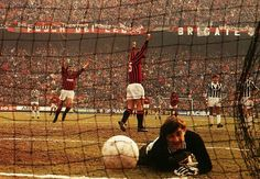 AC Milan 3 Juventus 2 in Feb 1985 at the San Siro. Agostino Di Bartolomei gets the winner from a 46th minute penalty in Serie A.