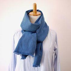 本灰汁建て正藍染め+エシカルヘンプ平織ストール M 藍色 | タイ工藝ムラカ