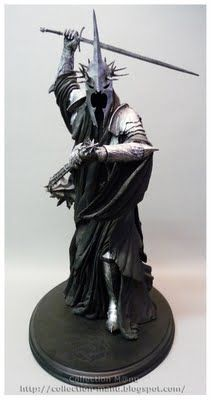 Manus collection: STATUES LOTR