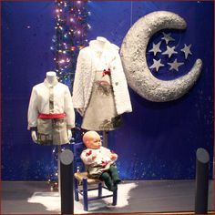 Escaparate navidad moda infantil Olga. Windowshop kids christmas