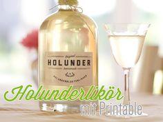 20 Vodka Cocktail Recipes – We seek happiness Vodka Cocktails, Cocktail Drinks, Cocktail Recipes, Alcoholic Drinks, Beverages, Homemade Liquor, Homemade Gifts, Hugo Cocktail, Elderberry And Elderflower