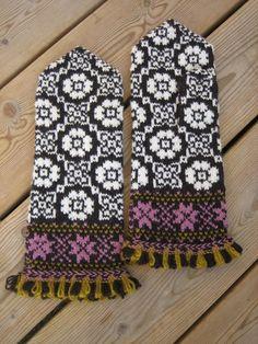 latvian mittens pattern - Google Search