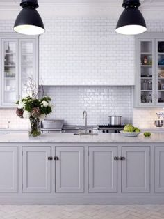 grey kitchen cabinets greige: interior design ideas and inspiration for the transitional home Grey Kitchen Cabinets, Kitchen Redo, Kitchen Flooring, New Kitchen, Shaker Cabinets, Kitchen White, White Cabinets, Grey Cupboards, Wooden Kitchen