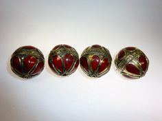 Ethnoperlen Tribalperlen Set von 5 Perlen 5 Vintage Turkmenische Metallperlen