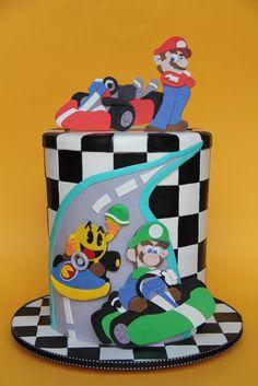 Mario Kart cake | moxy.mx
