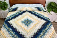 Mon det er eller kan laves som Bargello ?? A-M   Trip Around the World Quilt -- magnificent made with care Amish ...