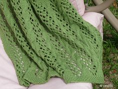 Cable and Lace Baby Blanket