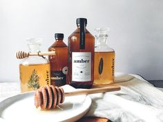 Amber, is a new brand identity and bottle packaging that envelops a blend of rustic folkish contemporary for a honey brand - nestled with dark greys, whites and yellowish browns.The ideation behind it is extracted from the process of fossilisation and p…