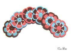 Crochet flower appliques Set of 6 flowers by CreArtebyPatty
