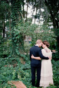Winterbourne Inn wedding - photo by Flora and Fauna http://ruffledblog.com/winterbourne-inn-wedding