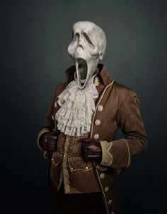 travis durden sees six infamous villains as lifeless skulls Halloween Photos, Halloween Art, Scream, Gothic Pictures, Photo Sculpture, Ghost Faces, Period Costumes, Expo, French Artists