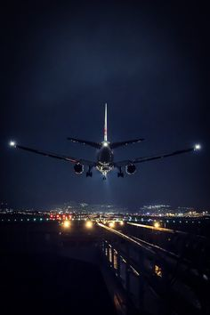 New Ideas Travel Airport Pictures Jets Airplane Photography, Travel Photography, Portrait Photography, Jet Privé, Photo Avion, Civil Aviation, Air Travel, Travel Plane, Flight Attendant