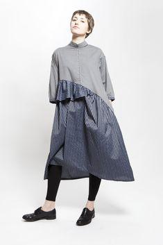 Avangard Fashion, I Love Fashion, Fashion Details, Fashion Dresses, Vintage Fashion, Womens Fashion, Fashion Design, Fashion Trends, Casual Day Dresses