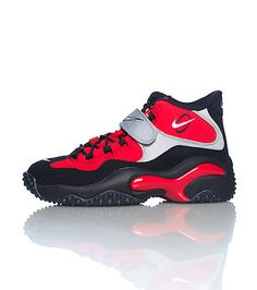 NIKE+Men's+mid+top+sneaker+Lace+up+closure+Padded+tongue+with+NIKE+logo+Cushioned+inner+sole+for+comfort