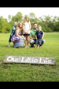 """Family pictures blink of an eye photography tulsa ok Follow """"Our Little Life"""" on our blog Http://ourlittlelife13.blogspot.com  And like us on Facebook Https://www.facebook.com/ourlittlelife2013"""