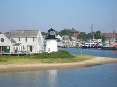 Hyannis Harbor, Hyannis, MA [ NantucketRetreats.com ] #CapeCod #vacation #retreat