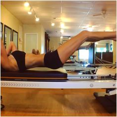 ️Re-posting this from back in the summer because it's such an effective exercise. My toes are wrapped around the upper edge of Pilates Workout, Club Pilates, Pilates Reformer Exercises, Pilates Video, Pilates Studio, Pilates Routines, Pilates Machine, Total Gym Workouts, Pilates Challenge