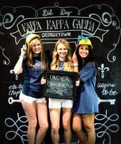 Kappa Kappa Gamma at Georgetown University Sorority Bid Day, Kappa Kappa Gamma, Georgetown University, Make Me Smile, Photo Ideas, Greek, Peace, Key, Live