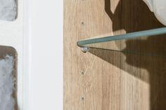 Novinka roka 2018. Farebné vyhotovenie kuchyne Bibiana - Dub riviera rustic mountain. Door Handles, Rustic, Home Decor, Door Knobs, Country Primitive, Decoration Home, Room Decor, Retro, Farmhouse Style