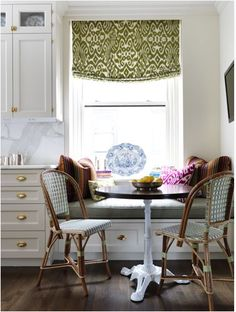 Spicer + Bank: by Allison Egan: Dining Room Layout: Cozy Banquettes