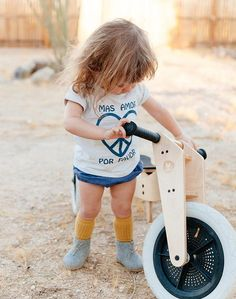 """Costa Sur Organic """"Mas Amor"""" Tee 