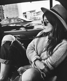 #dulceida Photography Themes, Tumblr Photography, Photographs And Memories, Photos Tumblr, Senior Photos, Grunge Fashion, Get Dressed, Pretty Girls, Photo S