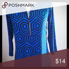 Geometric mod print with faux leather trim This is so flattering on. The neck has faux leather trim with working zipper pull. Susan Graver Tops Tees - Long Sleeve