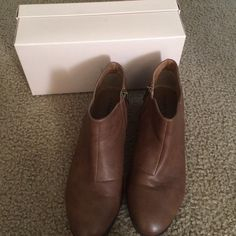 Madden Girls Boots/ Booties Madden Girls Brown Ankle Boots. Size 7.5. Gently used. Great condition. No original box. Offers always welcomed. Shoes Ankle Boots & Booties