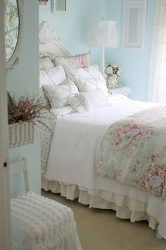 Shabby Chic home decor ideas ref 7504004159 for for one simply smashing, vibrant bedroom decor. Simply stop by the web link immediately for further info. Shabby Chic Stil, Shabby Chic Bedrooms, Shabby Chic Homes, Shabby Chic Furniture, Shabby Chic Interiors, Country Chic Bedrooms, Country Cottage Bedroom, Cottage Style Bedrooms, Shabby Chic Farmhouse