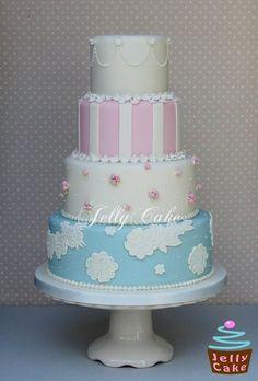 Vintage Lace Wedding Cake - I want to make this cake. Beautiful Wedding Cakes, Gorgeous Cakes, Pretty Cakes, Amazing Cakes, Fondant Cakes, Cupcake Cakes, Jelly Cake, Wedding Cakes With Cupcakes, Cake Boss