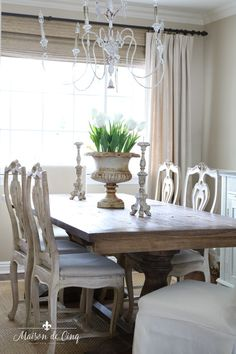 Spring Living Room: A Simple and Easy Spring Refresh - Sweet & Simple Spring Dining Room Decor—> diningroomdecor springdecor springdecorat - French Farmhouse Decor, Farmhouse Lighting, French Country, Farmhouse Style, Hippie Home Decor, Spring Home Decor, Room Decorations, Decorating Your Home, Decorating Ideas