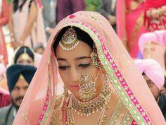 Chandigarh weddings | Simran & Divyjot wedding story | WedMeGood
