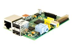 Raspberry_Pi_Model_B_perspective http://techproductreview.com/raspberry-pi-model-b-review/